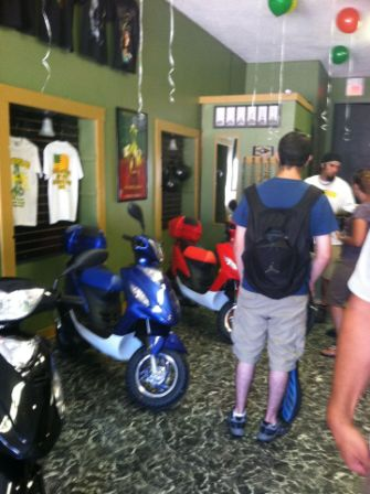that-scooter-spot-opening-new-bedford