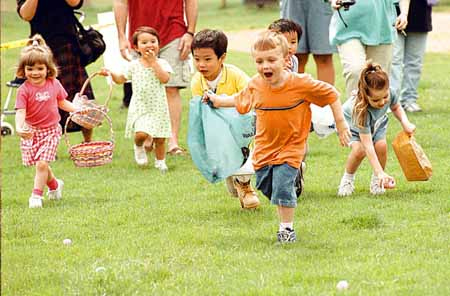 bpt-easter egg hunt. photo by steven wayne rotsch4-11-01