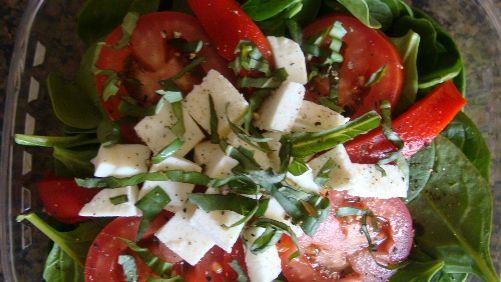 baby-spinish-salad-cravings