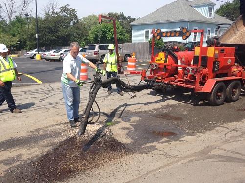 Mayor Mitchell and City Crews Fill 10,000th pothole
