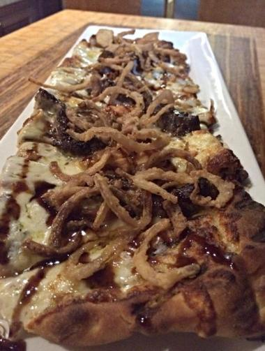 flatbread grilled steak blue cheese truffled balsamic glaze crsipy shallots