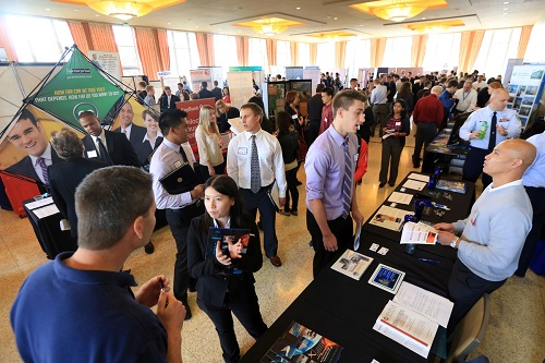 hr career expo The iacs career expo is open to all job seekers recruiters and other organizations involved in human resources to connect and discuss employment opportunity with.