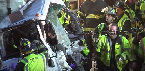 Driver pulled from major accident on 195, evacuated by helicopter to Boston  - New Bedford Guide