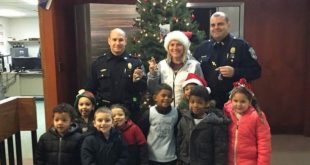kids-police-holiday-cheer2