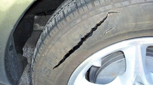 Police Searching For Suspects Who Slashed Tires On 21 Vehicles In