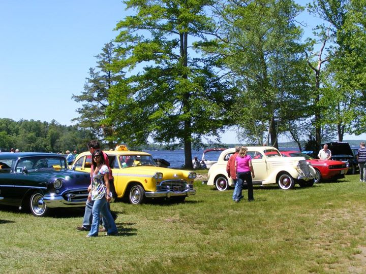 Th Annual Antique And Classic Car Show New Bedford Guide - Classic car guide